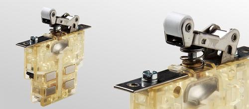 interrupteur tactile / unipolaire / avec levier à galet / à double rupture
