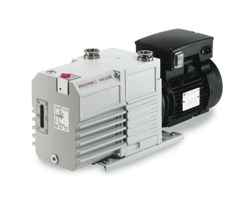pompe à vide à palettes / lubrifiée / bi-étagée / compacte