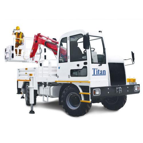 nacelle articulée montée sur camion / pour applications minières / diesel