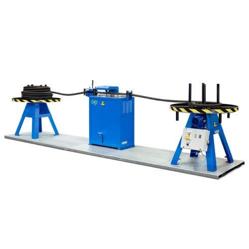 ligne de découpe pour caoutchouc / de tuyau flexible / à commande manuelle