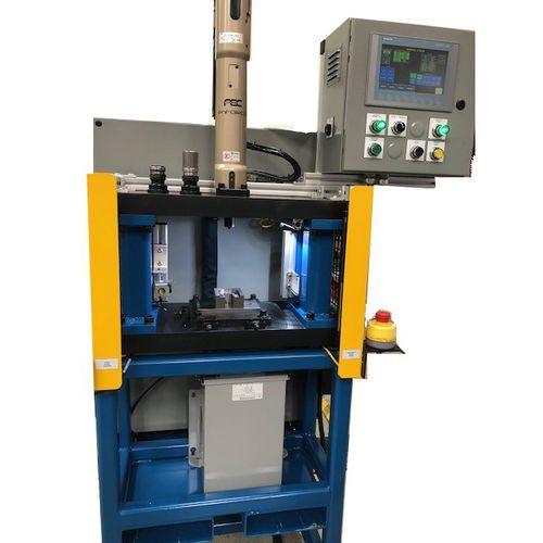 presse mécanique / électrique / d'estampage / pour pliage
