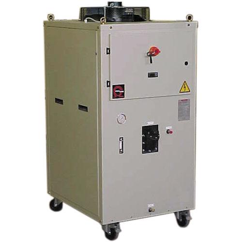 refroidisseur d'eau / pour l'industrie / à condensation par eau