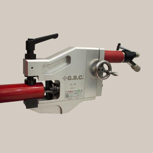 chanfreineuse électrique / portable / pour extrémités de tubes / à prise extérieure