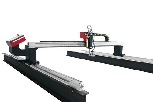 machine de découpe pour métal - SteelTailor