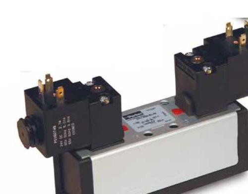 distributeur pneumatique à tiroir / à air / à montage sur embase