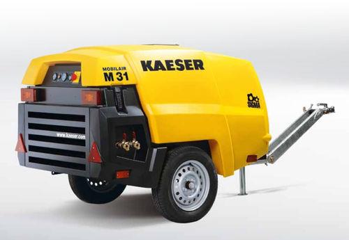 compresseur d'air / mobile / avec moteur diesel / à vis