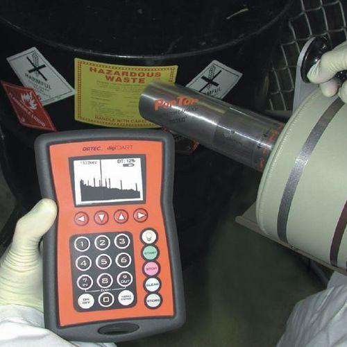 analyseur de liquides / ORP / portable / multivoies