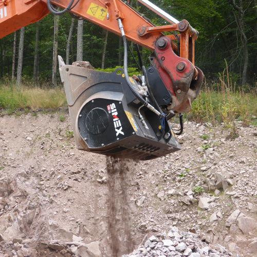 godet concasseur / pour pelle hydraulique / pour pierre