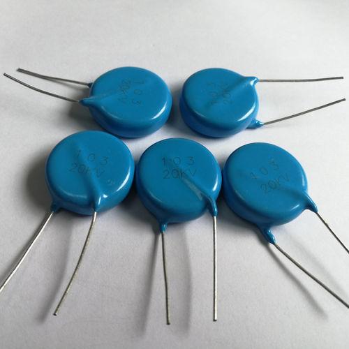 condensateur en céramique / radial / DC / de haute tension