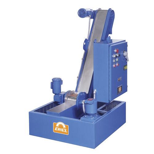convoyeur à bande magnétique / pour l'industrie du recyclage / de copeaux / pour pièces