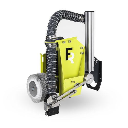 brosse nettoyage de soudure - FerRobotics Compliant Robot Technology GmbH