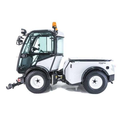 tracteur diesel / à 4 roues / à conducteur porté assis / compact