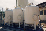 unité de filtration au charbon actif / pour eau
