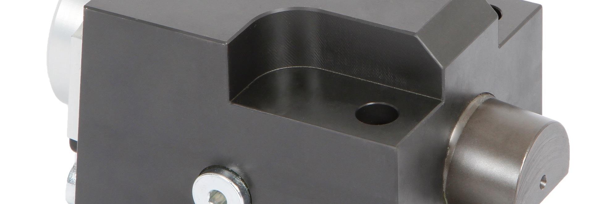 Bride à verrouillage automatique de cale