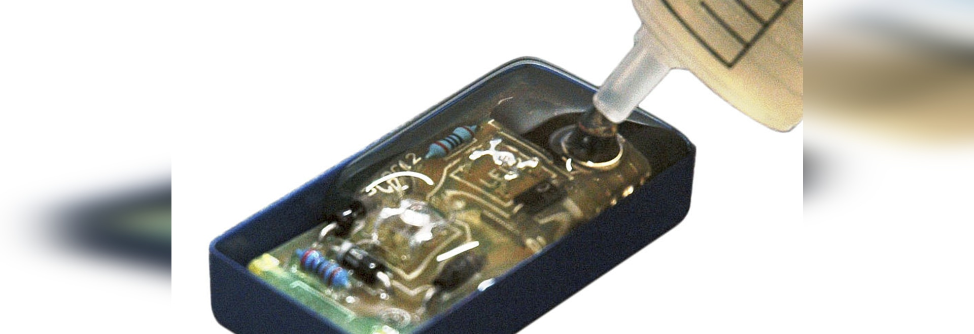 Electrolube améliore la sécurité des opérateurs grâce à une résine sans isocyanate