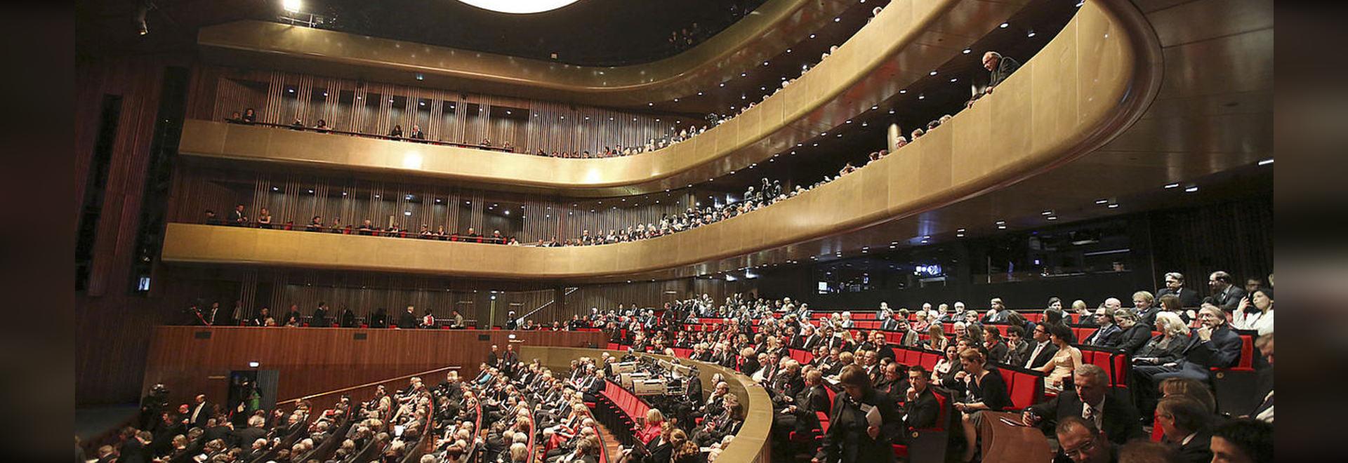 Isolation saine et isolement de vibration dans le théâtre de musique à Linz, Autriche
