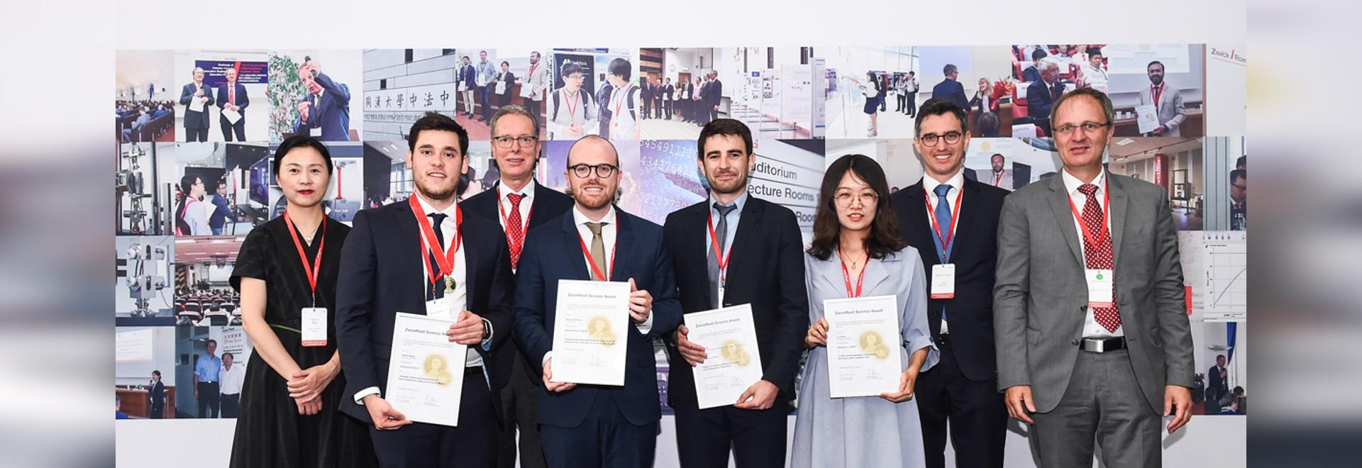 Remise du prix scientifique ZwickRoell à l'occasion de la journée académique ZwickRoell à Shanghai