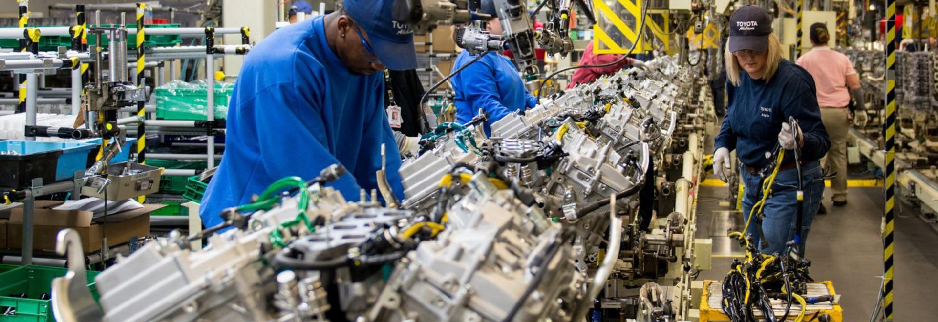 Le Toyota Environmental 2050 Challenge demande à l'entreprise d'éliminer les émissions de CO2 de ses usines de production mondiales d'ici 2050.