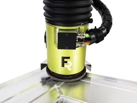 Meulage automatique des soudures avec le kit Active Angular Kit AAK de FerRobotics, sensible au contact