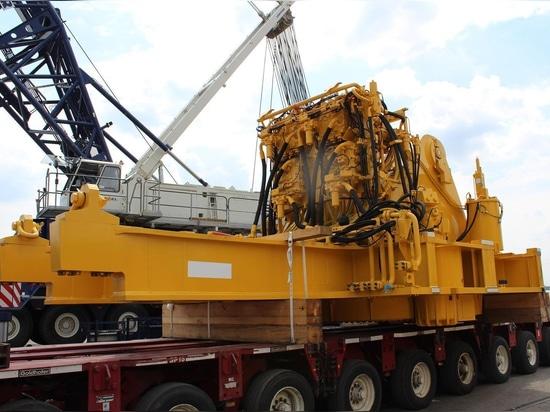 ALS transporte 300 tonnes de Komatsu