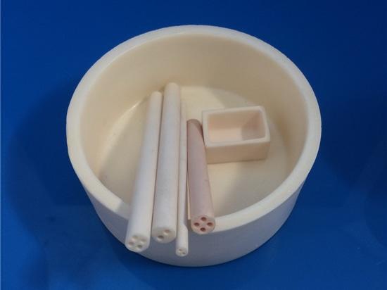 Creusets en céramique d'alumine