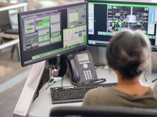 Le logiciel FactoryTalk View SE permet aux utilisateurs d'accéder à des informations système en temps quasi réel