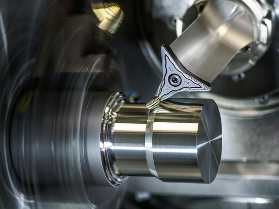 L'outil FreeTurn de Ceratizit combine différentes propriétés des bords de coupe pour plus de flexibilité