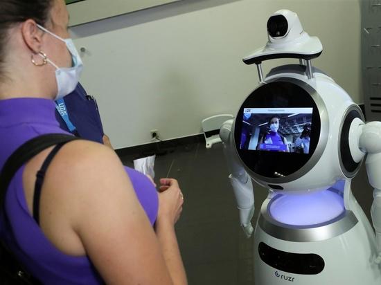 Un robot Cruzr examine un patient dans un hôpital belge.