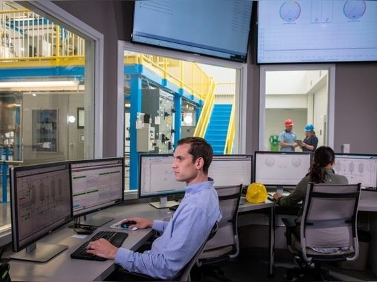 L'utilisation de l'IIoT pour générer une visibilité en temps réel et de bout en bout des opérations contribue à une chaîne d'approvisionnement agile, à l'optimisation des actifs, à une gestion de l...
