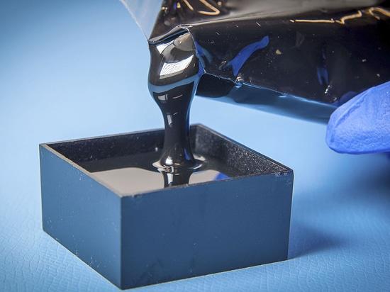 La résine d'encapsulation d'Electrolube assure la pleine protection pour la sonde des véhicules à moteur