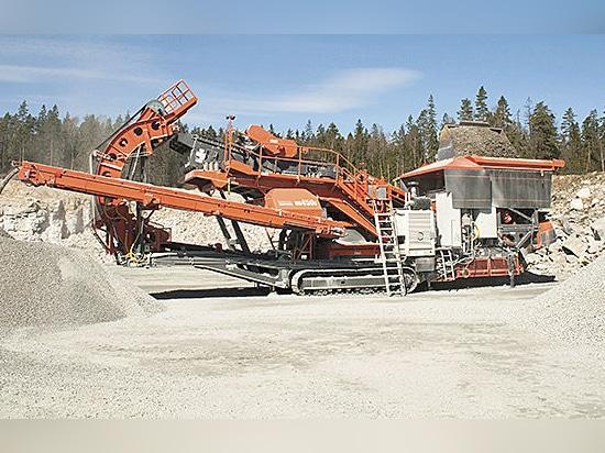 Construction de Sandvik pour dévoiler le nouvel UH450E chez Steinexpo