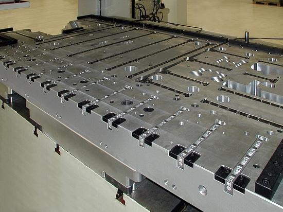 Nouveau système de variante de conception modulaire pour les tasseaux à rouleaux et à billes