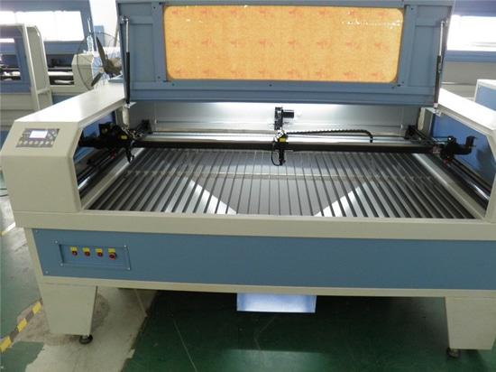 graveur et coupeur de laser