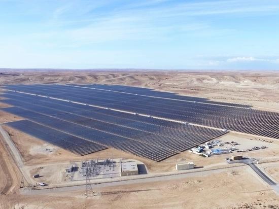 Usine de 30 MW picovolte «Ashalim «en Israël, construit par Belectric