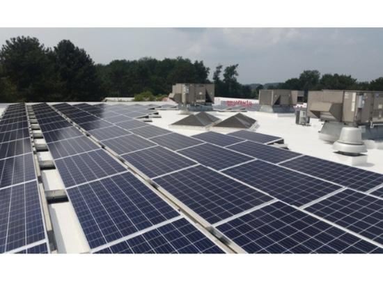 Fabricant Commits de valve à l'énergie viable avec l'initiative solaire